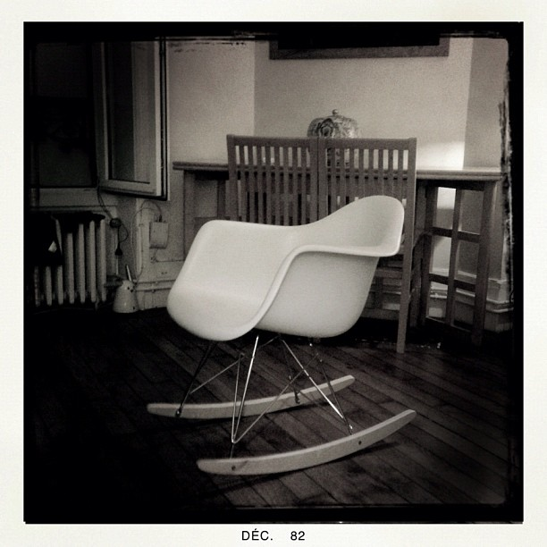 What happened in december january so from paris blog for Fauteuil james eames